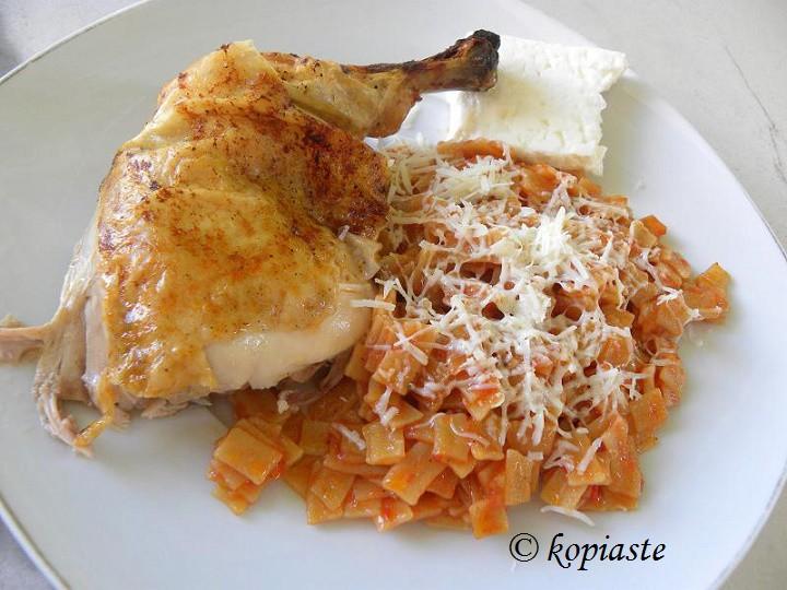 Κοτόπουλο με χυλοπίτες εικόνα