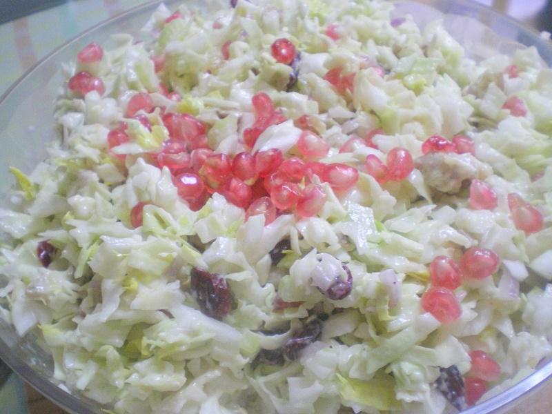 λαχανοσαλάτα με ρόδι εικόνα