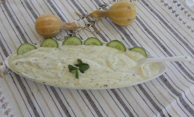 Σάλτσα γιαουρτιού με δυόσμο εικόνα