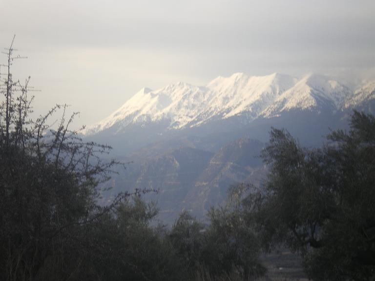 Ο Ταϋγετος τον χειμώνα με χιόνια εικόνα