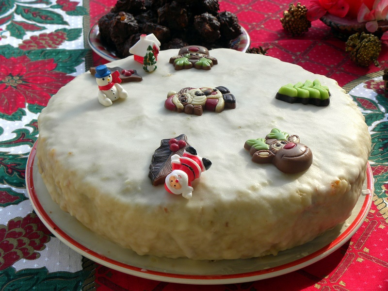 Χριστουγεννιάτικο κέικ φωτογραφία