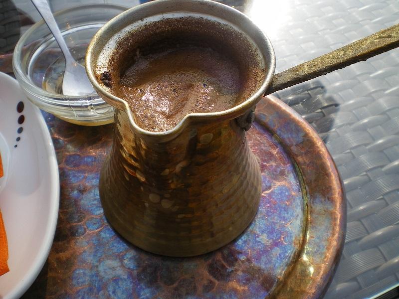 Καφές σε Μπρίκι Μπρούτζινο εικόνα