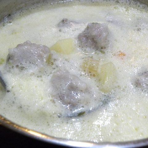Γιουβαρλάκια Αυγολέμονο με Μιρεπουά