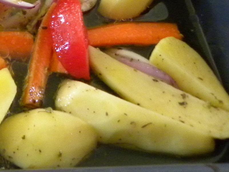 πατάτες κομμένες κυδωνάτες εικόνα