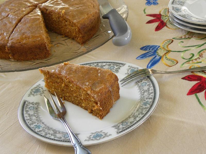 Κέικ καρότου με γλάσο λεμονιού εικόνα
