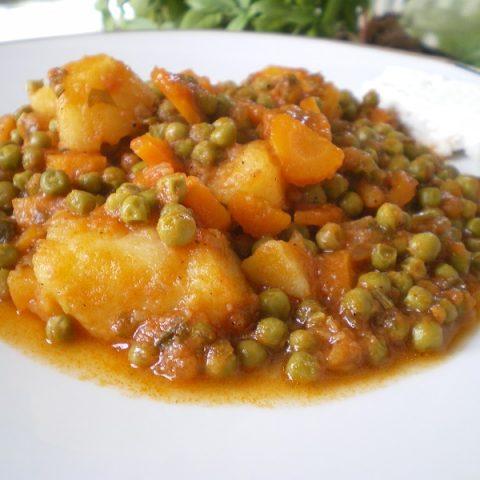 Αρακάς με πατάτες εικόνα