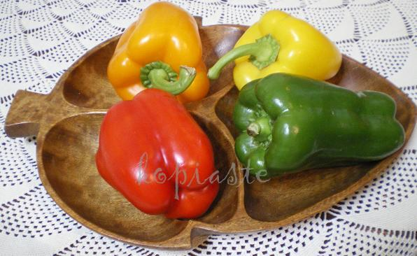πιπεριές πολύχρωμες