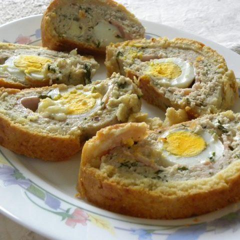 ρολό με κιμά και αυγά εικόνα