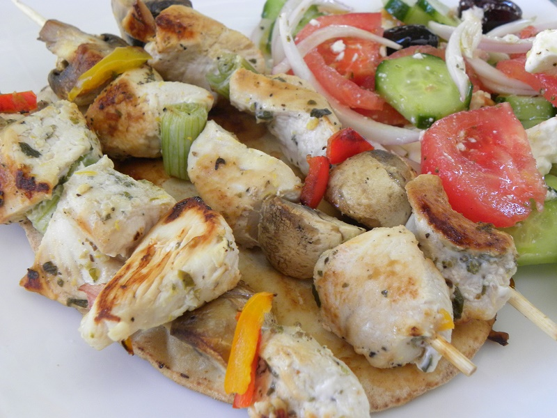 Σουβλάκια κοτόπουλου με λαχανικά εικόνα