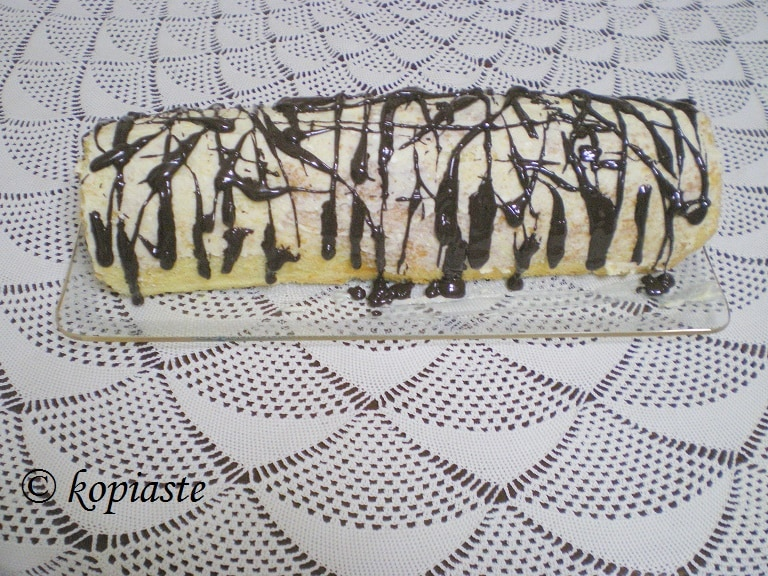 lemon-and-chocolate-roulade