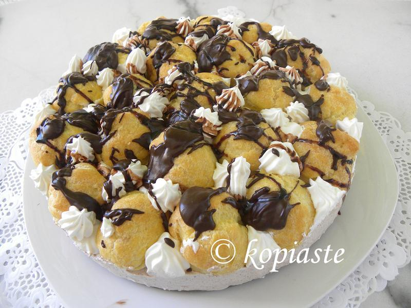 Profiterole chocolate cheesecake image