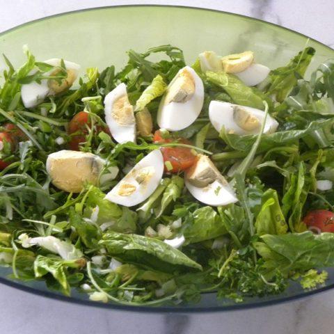 Ανοιξιάτικη σαλάτα εικόνα