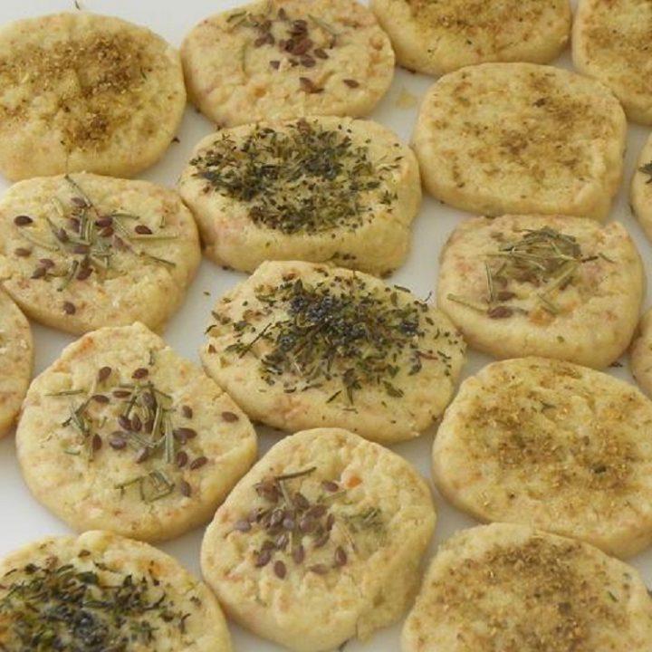 Τυρομπισκότα με Χαλούμι εικόνα
