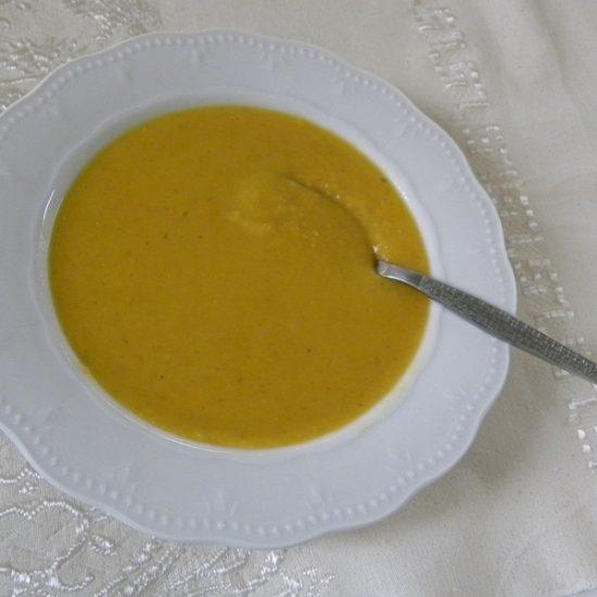 Σούπα Φάβας με Γλυκοκολοκύθα και Ντιπ Φάβας