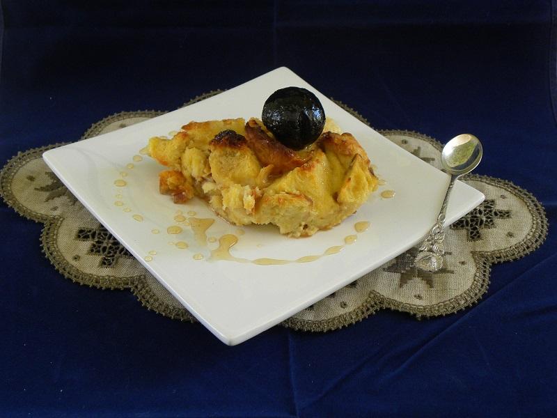 Πουτίγκα τσουρεκιού με καρυδάκι εικόνα