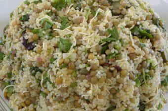 Πικάντικη σαλάτα με φακές και πλιγούρι εικόνα
