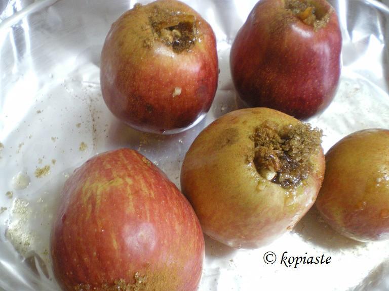 Ψητά γεμιστά μήλα