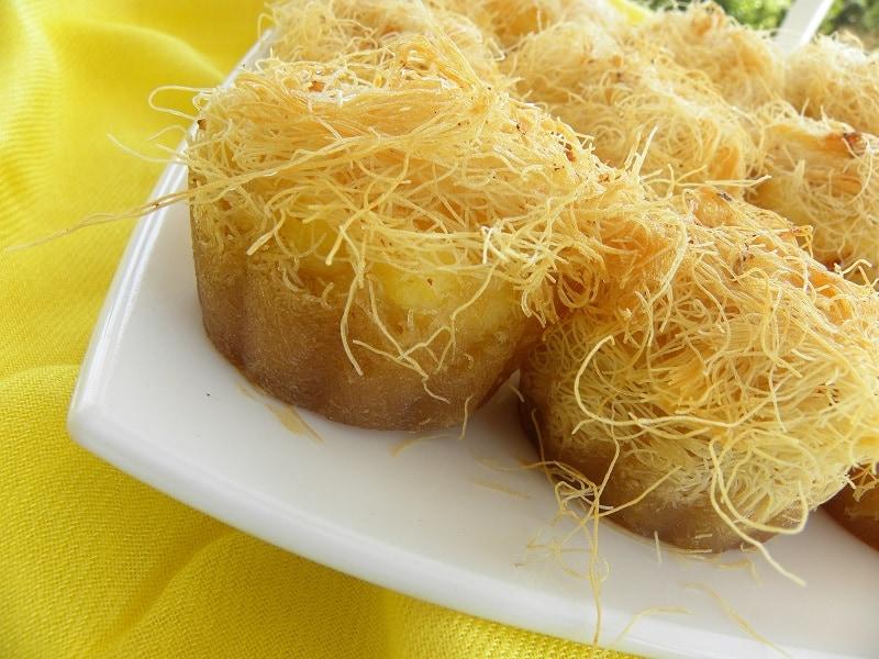 Φωλιές Κανταϊφιού με κρέμα γαλακτομπούρεκου εικόνα