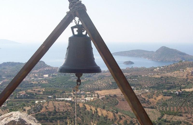 Προφήτης Ηλίας Ασίνης με θέα το Τολό εικόνα