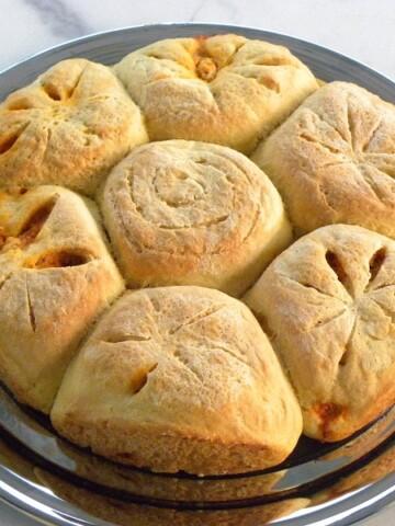 Μικρά ψωμάκια γεμιστά εικόνα