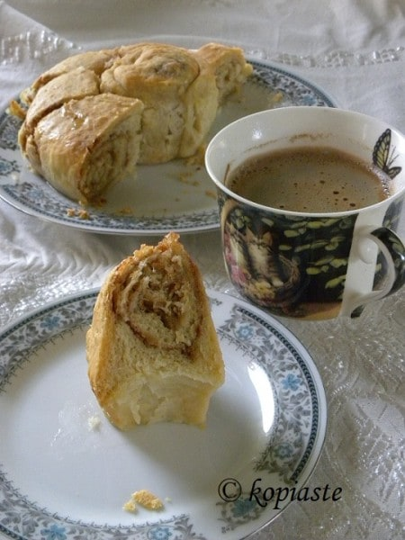 Tahini Bread with Greek Coffee
