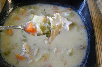 κοτόσουπα με λαχανικά εικόνα