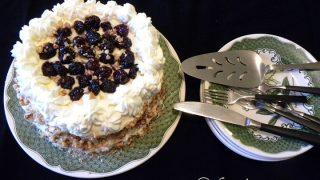 Τούρτα με Λευκή Σοκολάτα, Κρεμώδες Τυρί, Κεράσι και Παστέλι
