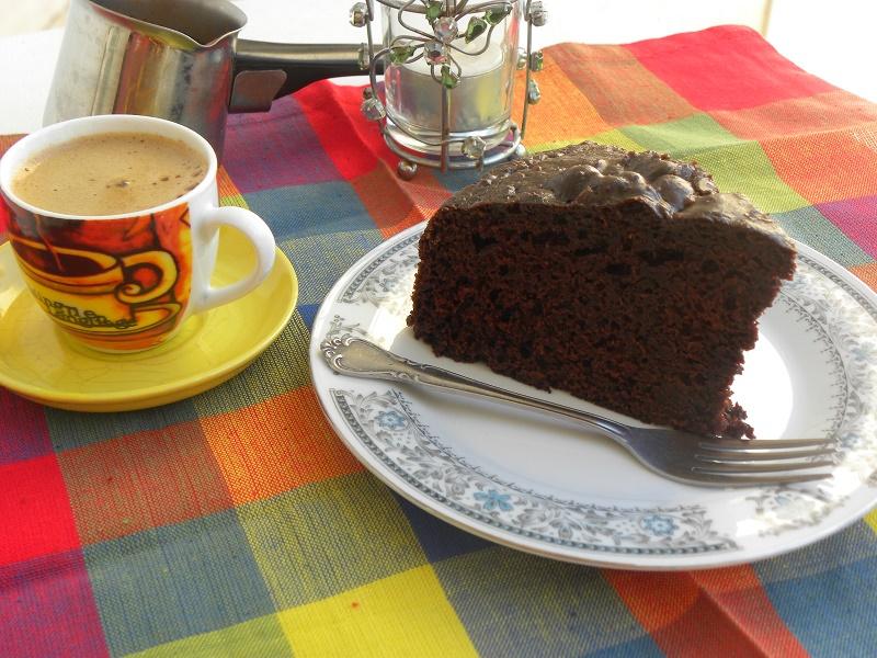 Κείκ Σοκολάτας Μαγιονέζας με γλάσο καπουτσίνο φωτογραφία