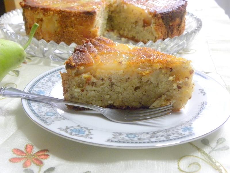 Αναποδογυρισμένο Κέικ Αχλαδιού με Αμύγδαλα και Μέλι εικόνα