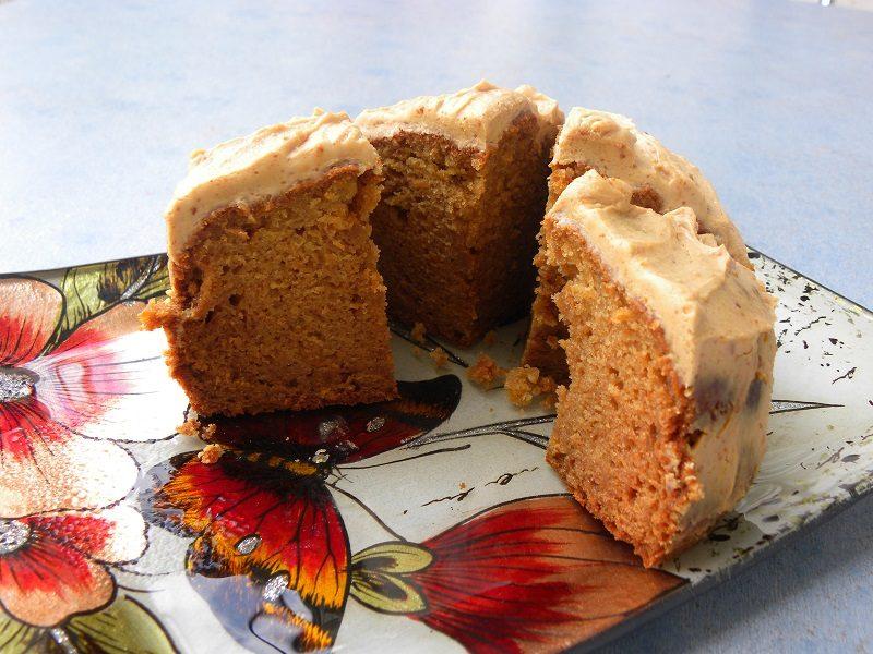 Κέικ Καρότου Μήλου κομμένο εικόνα