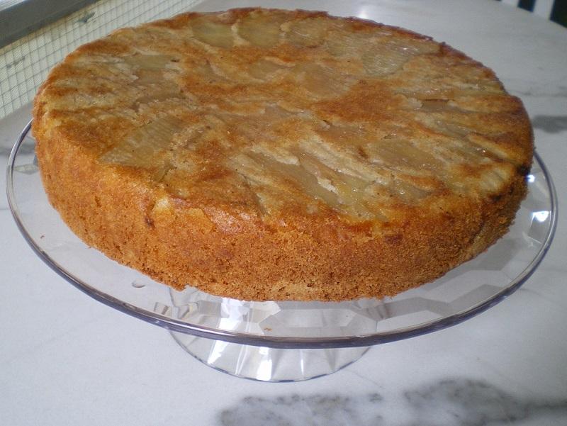 Κέικ Μήλων στην πιατέλα εικόνα