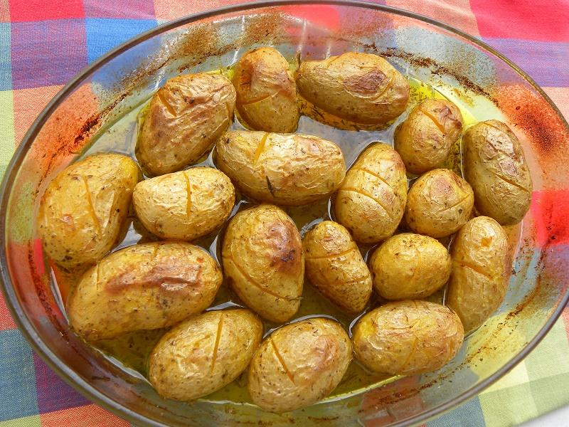 Πατάτες φούρνου γλυκόξινες εικόνα