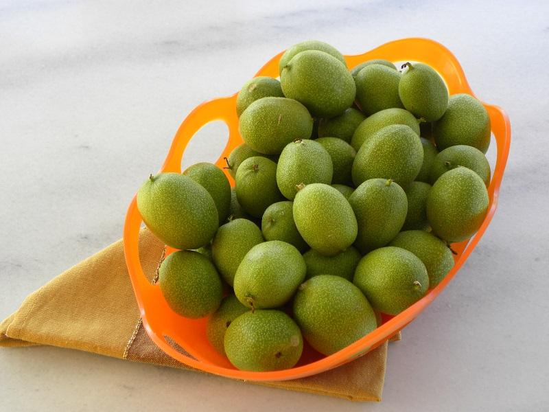 Καρύδια πράσινα εικόνα
