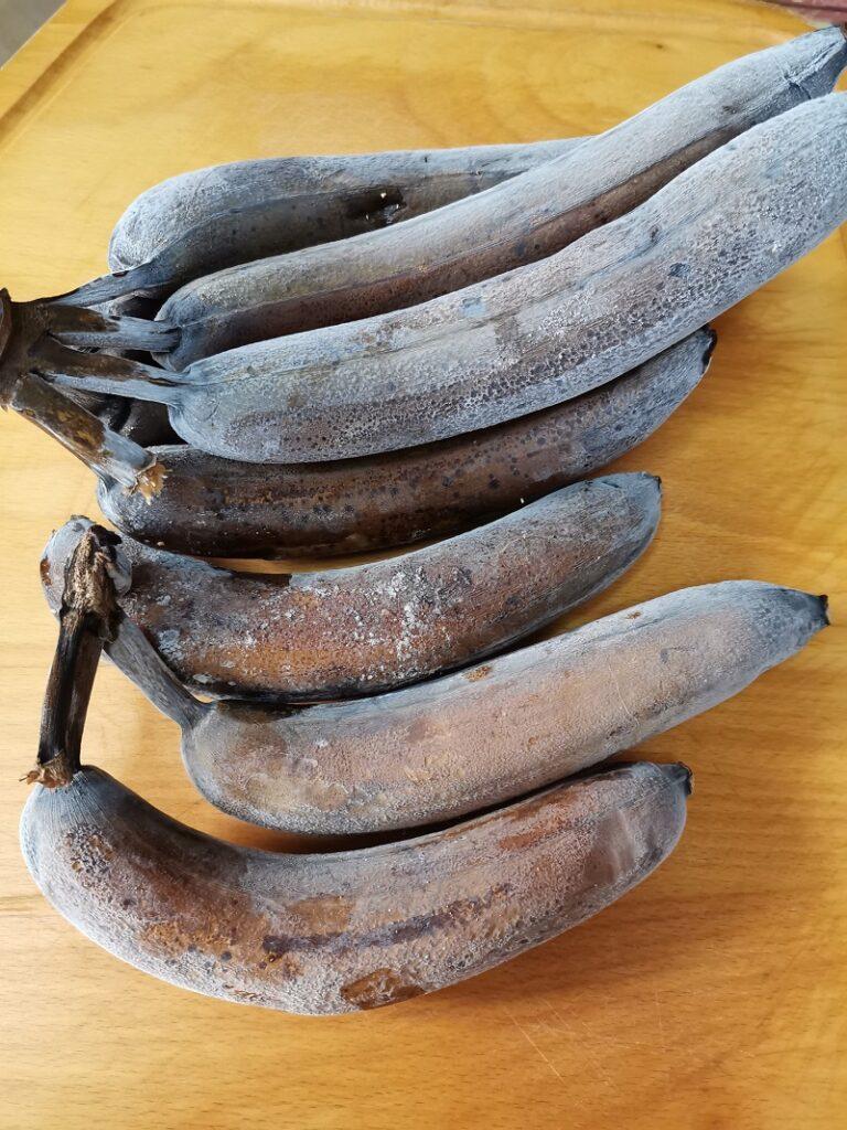 Γινωμένες μπανάνες από την κατάψυξη εικόνα